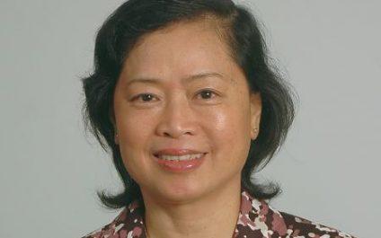 Professor Nguyen Thi Kim Oanh bestowed with the title of Professor Emeritus